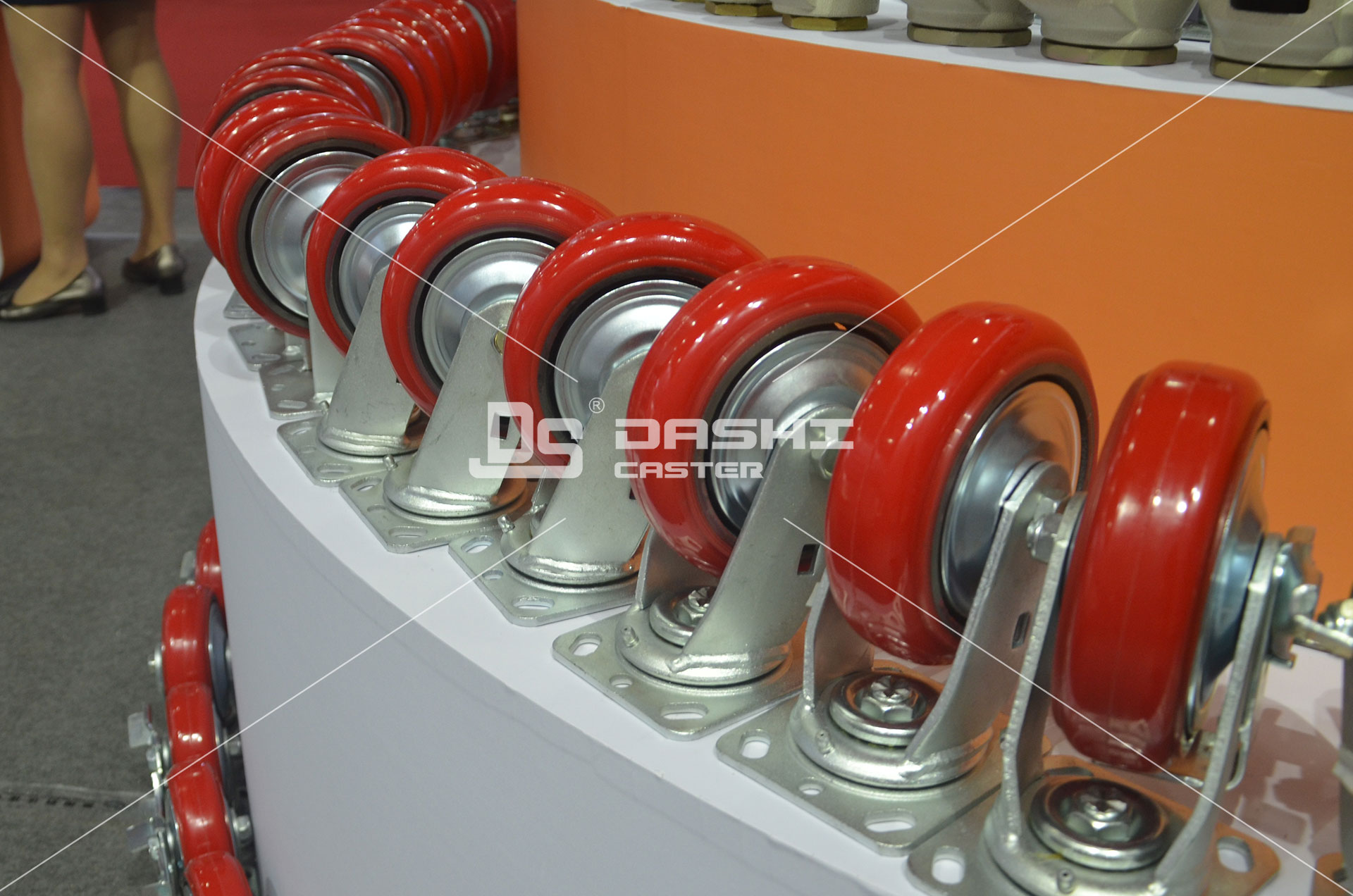 Usage-of-Top-Plate-Casters